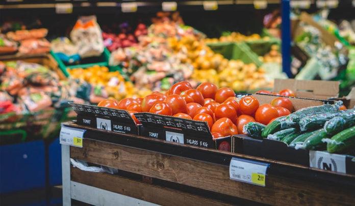 Jak robić zakupy, aby nie odbiły się na naszych finansach i sylwetce?